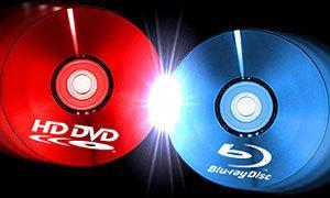 HD DVD versus Blu-ray [Illustration]